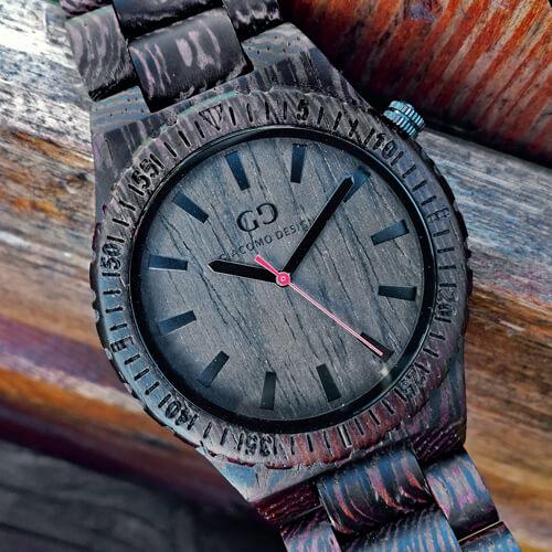 Pomysł na niebanalny prezent dla mężczyzny: zegarek z drewna